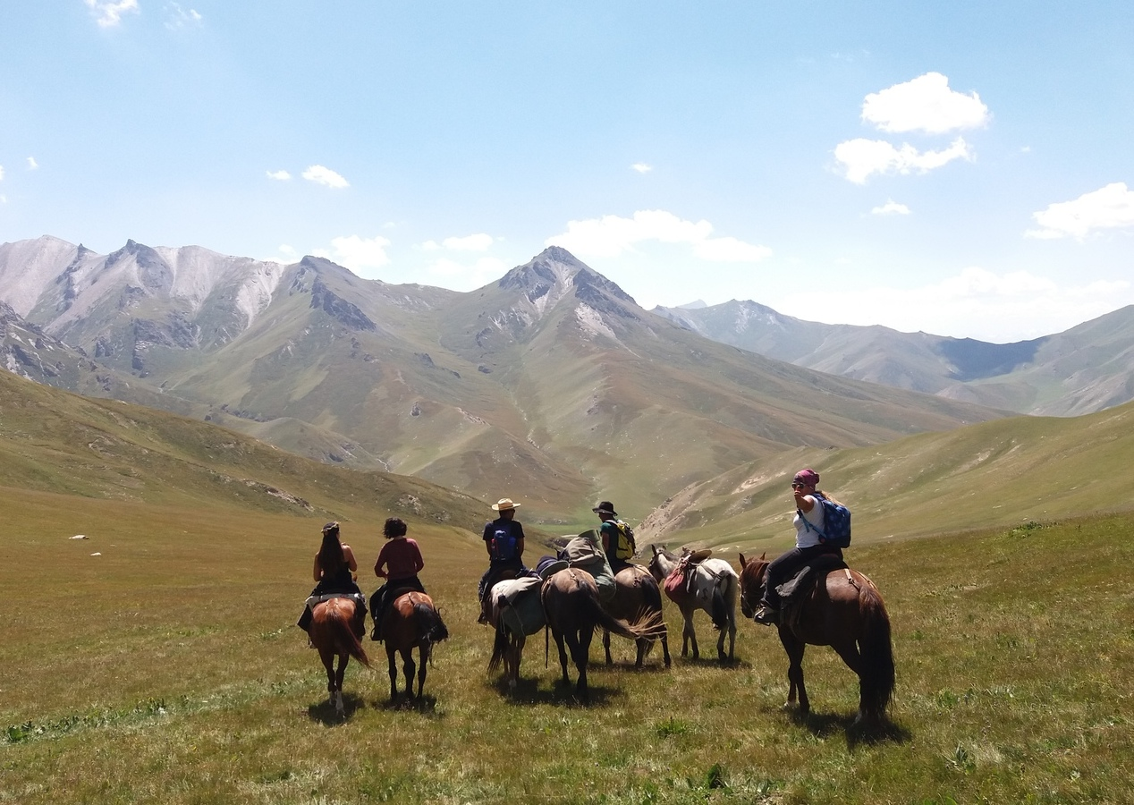Horseback riding in Kyrgyzstan 3 – 13 days<br>